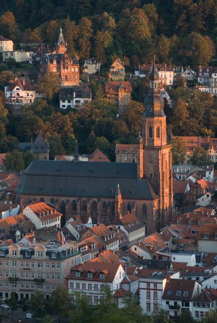 http://www.heidelberg-photo.com/Grafik/Heidelberger_Altstadt/Heidelberg-Heilig_Geist_Kirche-02.jpg